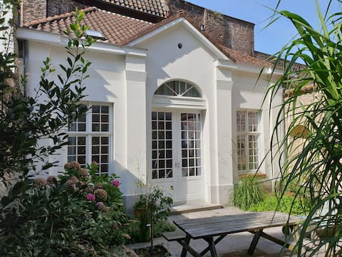 Cosy private garden house in the heart of Ghent