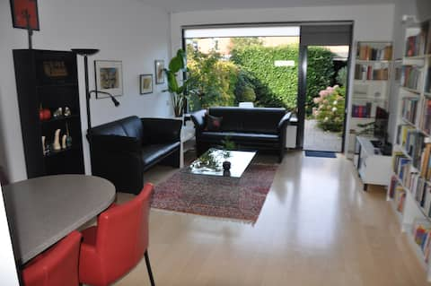 Lucia house - comfy home with garden in quiet area