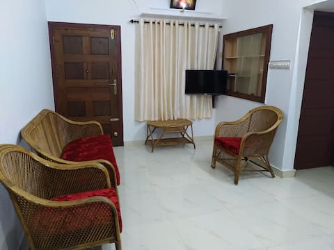 Independent house with 3 bed rooms for daily Rent