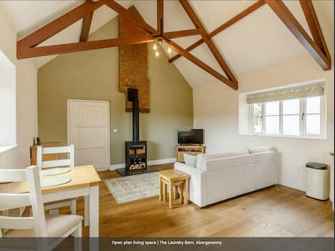 Grade II listed - one bedroom barn conversion