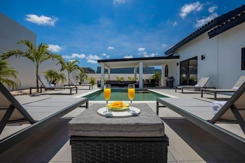Tides Villa 4BR  Private Pool Walk to the Beach