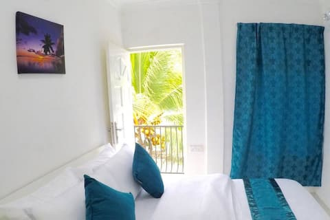 Exotic Palm Gate for your vacation in Maldives