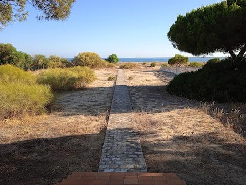 Casa La Gaviota con acceso directo a la playa