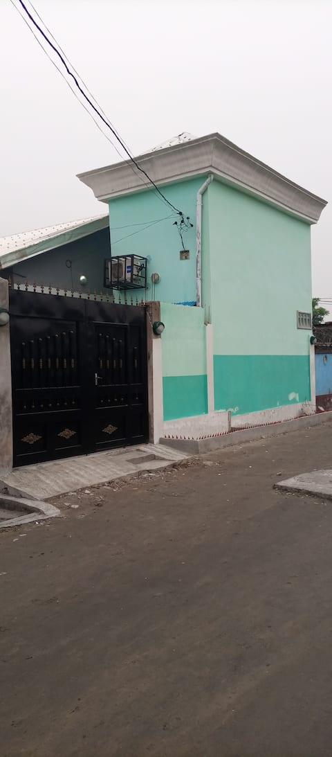 Mignon appartement au centre de Moungali