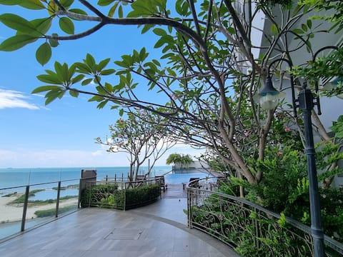 Luxury AirCond Melaka Studio with WIFI@Silverscape