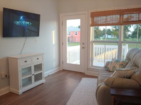 *NEW* Blue Heron Bungalow - Ocean View for Two!