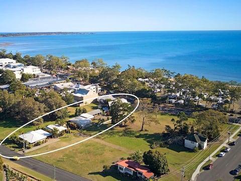 Hervey Bay Seaside Cabin