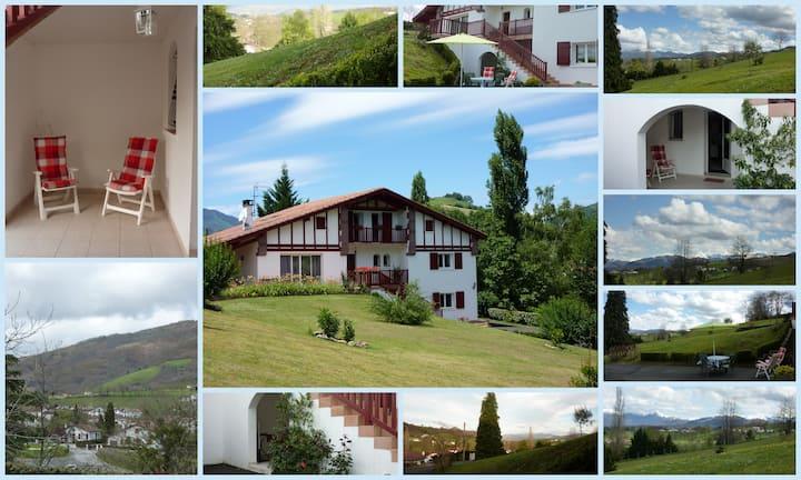 gîte meublé 3* au pays basque belle vue montagne