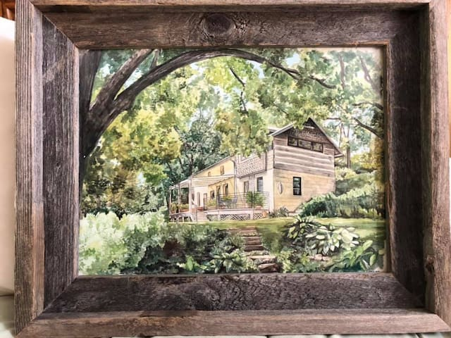 Unique 1860's Stone House Rural Retreat