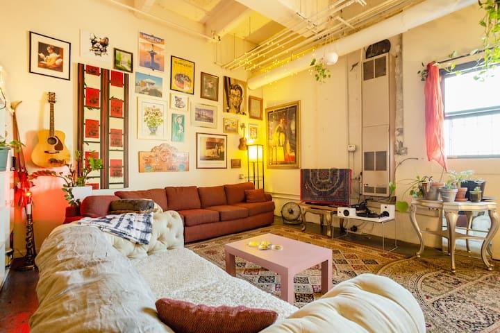 Artist/Musician Loft (HUGE space!)