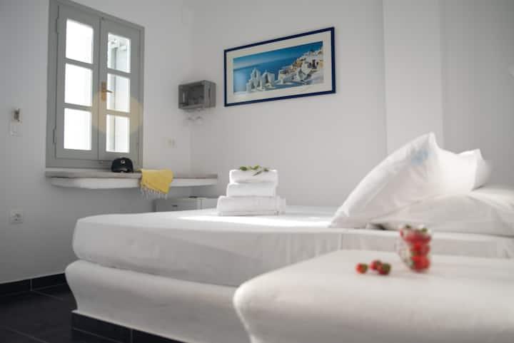Villa Anita Cliff Suite 5