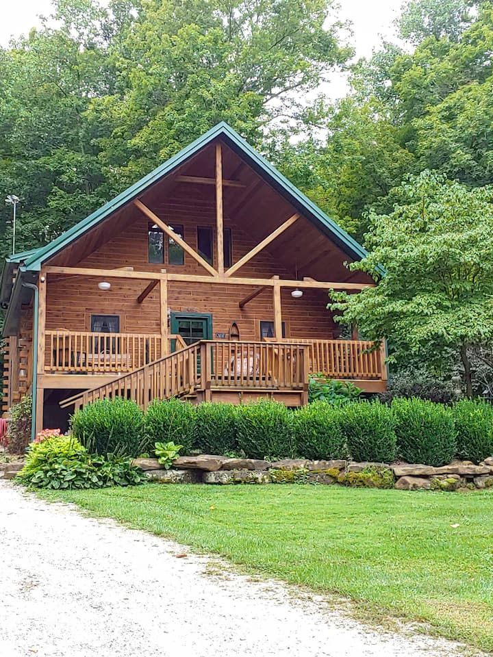 Wise Old Owl Cabin Super Clean 5 Star Family Cabin