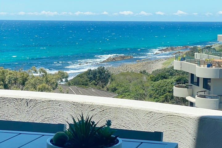 Ocean View Penthouse 901 Forster
