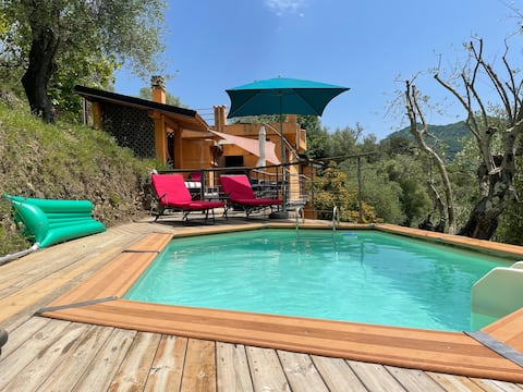 beautiful cottage with pool: 8 pers