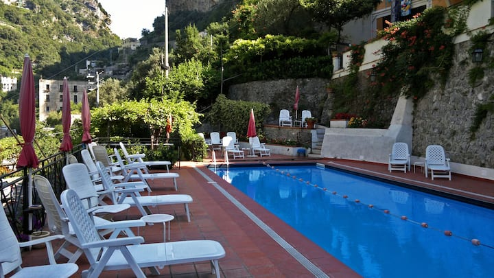 PRIMULA Ravello - Amalfi Coast