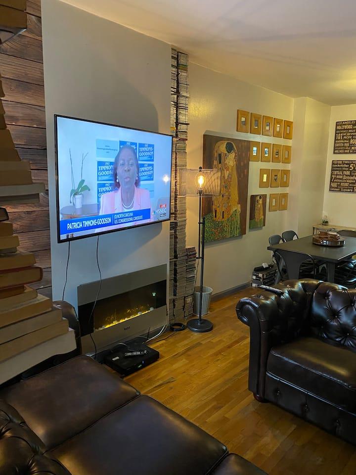 Artist's Eclectic Harlem Hideaway (1of 2 Bedrooms)