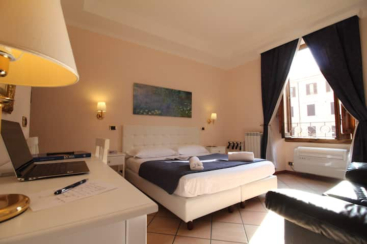 Rome To Stay Guesthouse (double or twin room)