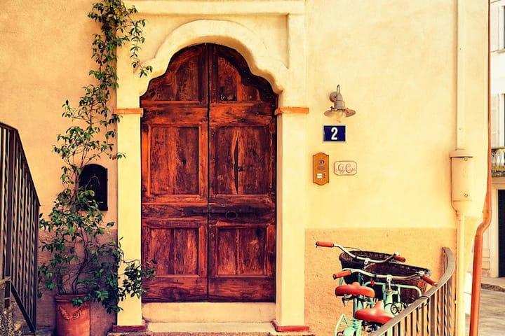 Guesthouse Castagnola, Mansarda