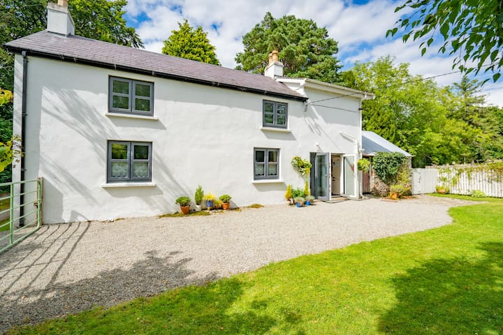 The Grove Cottage, Killarney.