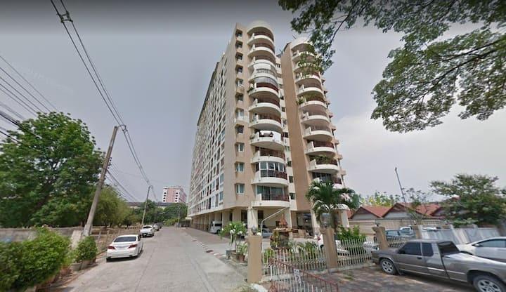 ChangKlan,special 28 days price, free utility 300B