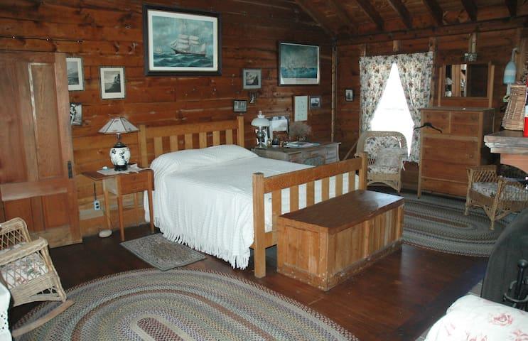 Main House Piano Bedroom