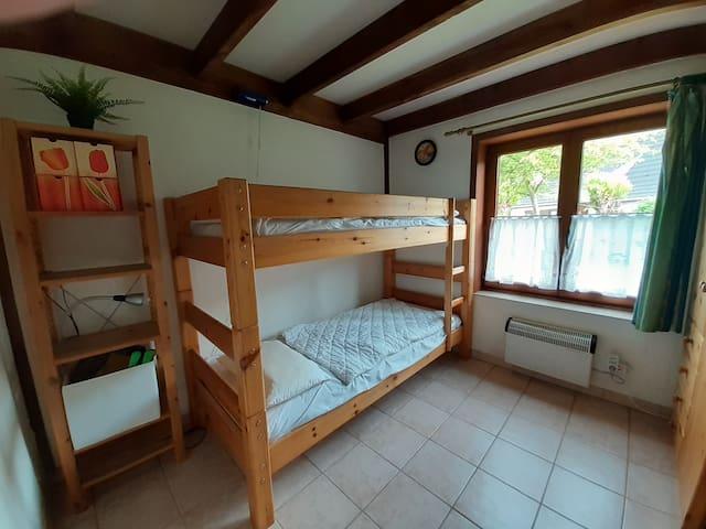 RDC - Chambre 2 - Lit superposé