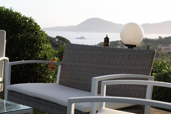 Bed and breakfast in villa vicino al mare