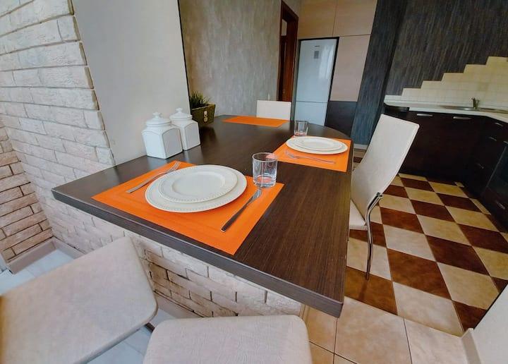 Уютная квартира на Мазурова
