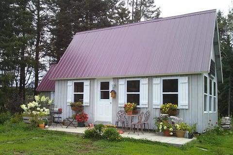Bramble Cabin, Your off-grid retreat