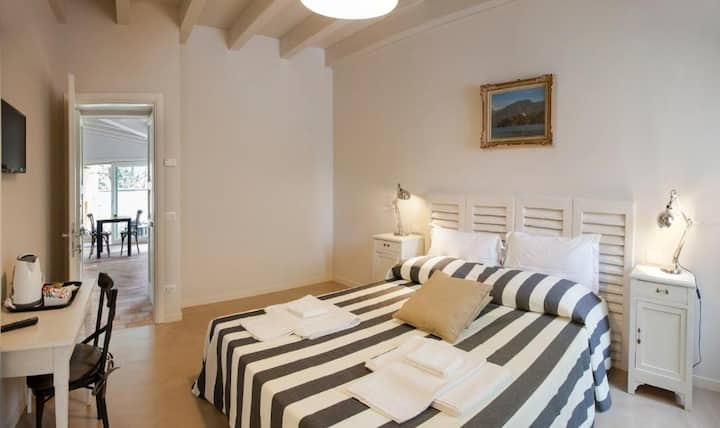 B&B Balbianino-Double room, a few steps from lake