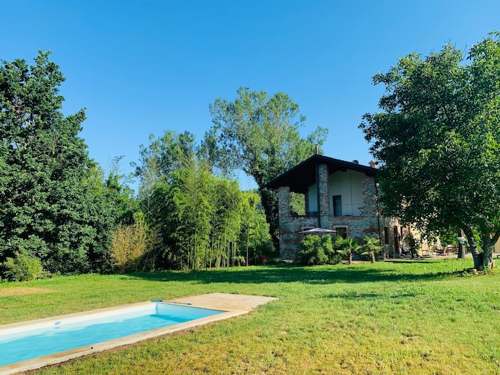 Casa al Tanaro 1 | Cozy country lodge & pool
