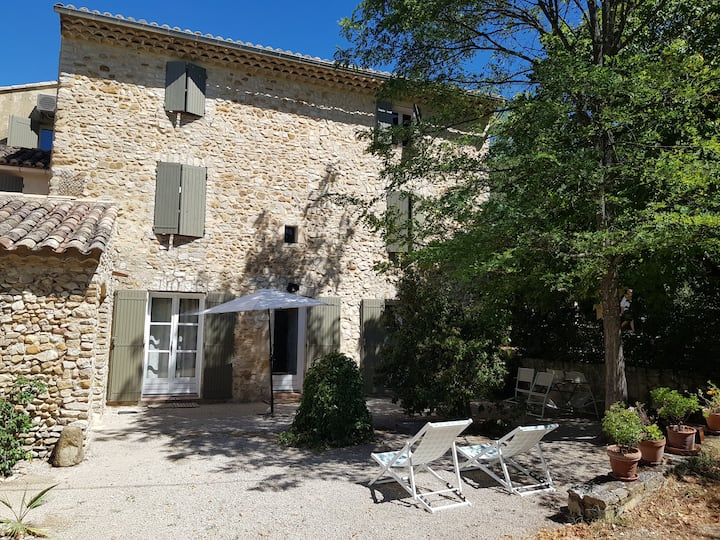 Attractive apartment at the heart of wine Provence