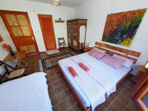 ada-art misafir evi - deniz kenarı - oda 3