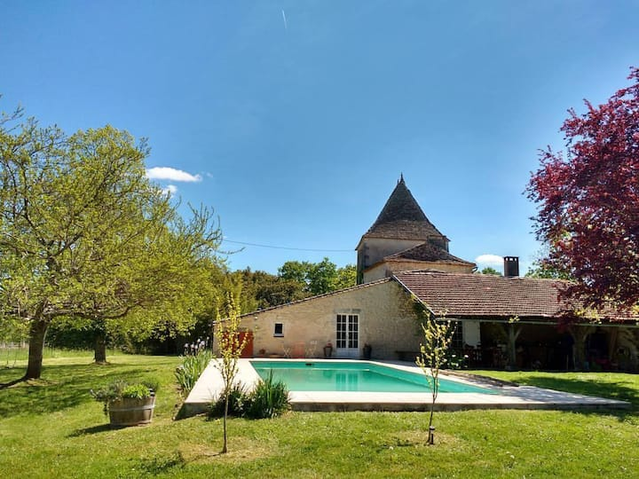 The House of the Vineyard & Pool