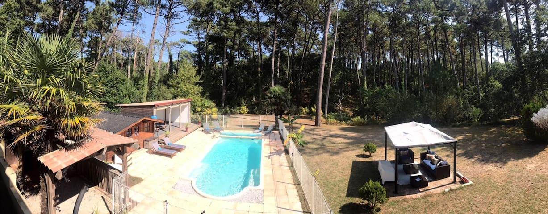Superbe Villa with Sauna-Heated Pool-Massage Cabin