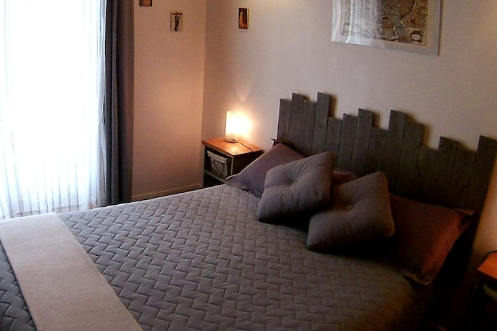 B&B Sarlat centre & free parking - comfort room