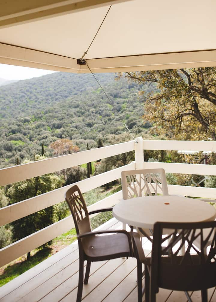 Vedetta Lodges Glamping with Maremma view