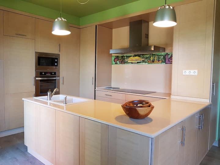 Apartment.80C, with garden