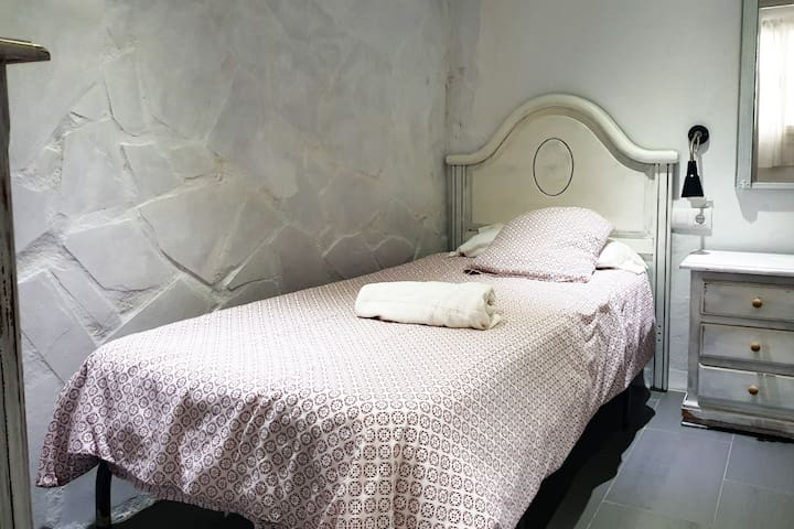 Dormitorio de una cama