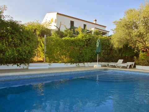 Marvellous cottage near Cordoba with swimming pool