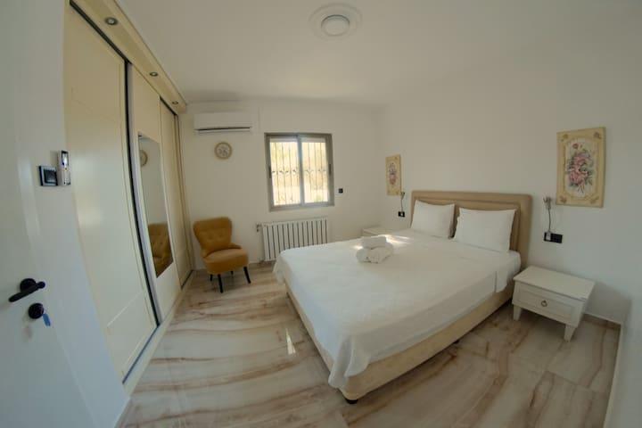 BEDROOM 3 / Chambre 3 / Schlafzimmer 3 / YATAK ODASI 3