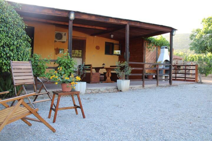 Flower Villa, Cottage Di Campagna, Vicino Al Mare