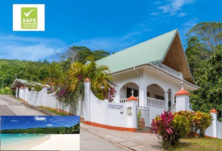 Bougainvillea Holiday Villa