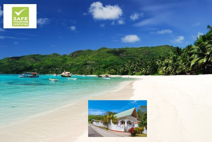 Bougainvillea- Modern House near amazing beaches