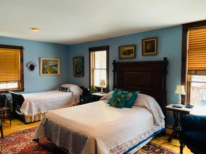 Clarendon Springs B&B, 1 Medium Room, 1-4 Guests