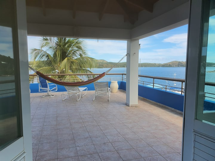 Puerto Rico-Culebra Is. USA-BAY FRONT PENTHOUSE