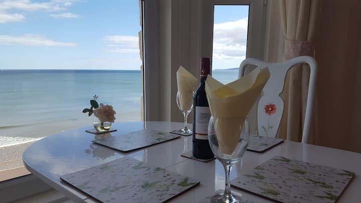 DAWLISH SPECTACULAR LUXURY HONEYMOON SUITE