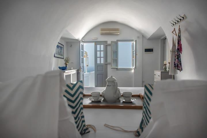 Villa Anita Cliff Suite 8