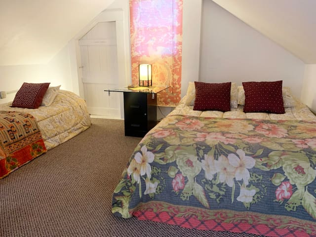 Bedroom 2:  Loft with Queen and Twin beds and 100% Cotton Quilts and Sheets