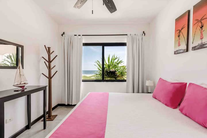 Ocean View Apartment 2 Bed Rooms with Blancony
